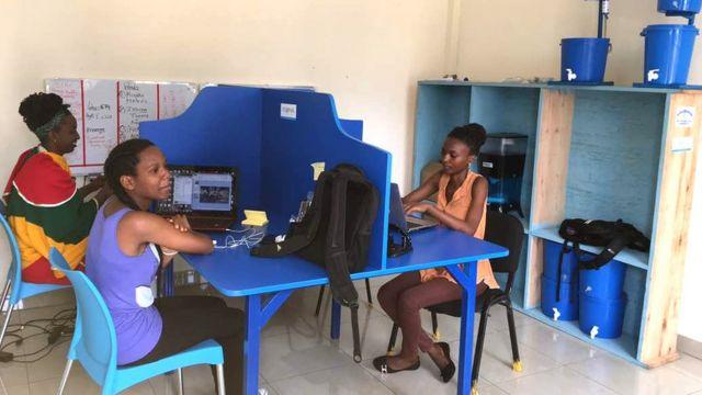 Abakozi ba Water Access Rwanda