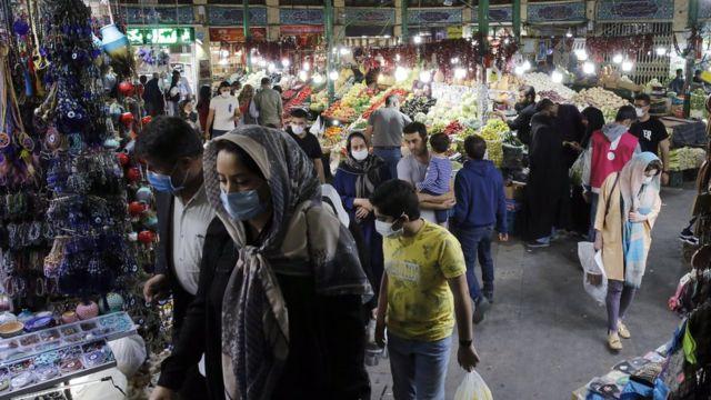 بازار تجریش در شمال تهران