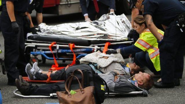 Atención médica tras accidente de tren en Nueva Jersey.
