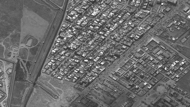 ترایفک سنگین در ضلع شمالی فرودگاه کابل - ۲۸ مرداد/اسد