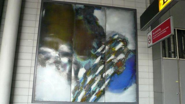 폴란드 예술가 슈테판 크나프의 에나멜 페인팅 10점도 경매에 오른다