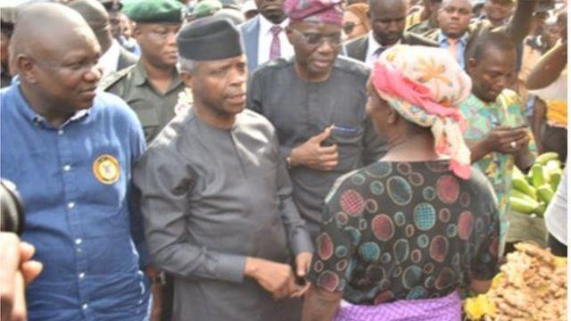 Akinwunmi Ambọde, Yẹmi Ọsinbajo ati Babajide Sanwo-Olu n juwọ sawọn ọlọja