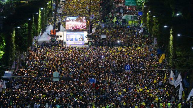 지난 28일 서울 서초동에서 열린 '검찰 개혁 촛불 문화제'