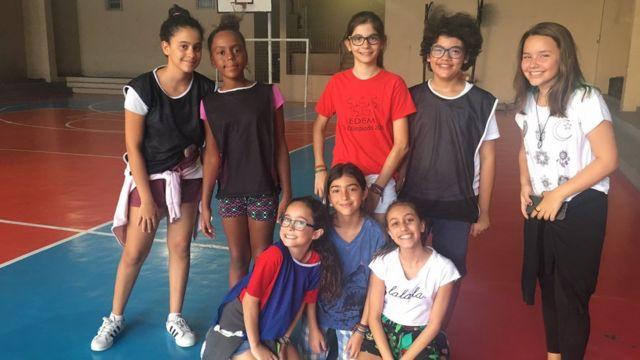 Garotas do colégio Edem