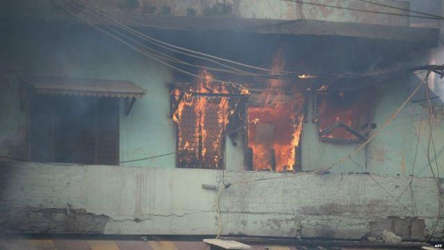 दिल्ली में हिंसा आगज़नी