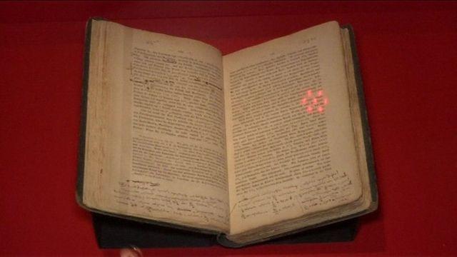 Tác phẩm 'Tư bản' của Marx được trưng bày ở Trier