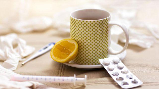 Si se empieza a tomar dentro de las 24 horas siguientes a la aparición de los primeros síntomas, una dosis diaria de 80 mg de zinc puede ayudar a tratar el resfriado común.