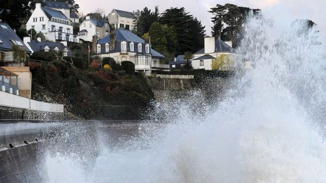 Huge waves hit the coast of Douarnenez, western France, on February 2, 2014.