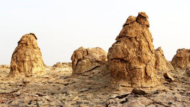 Суровый пейзаж впадины Данакиль