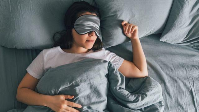 Por qué dormir debería ser la prioridad de todos los estudiantes - BBC News  Mundo