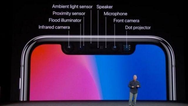แอปเปิลระบุว่า ใช้เทคโนโลยีหลากหลายเพื่อให้ระบบเฟสไอดี (FaceID) มีความแม่นยำ