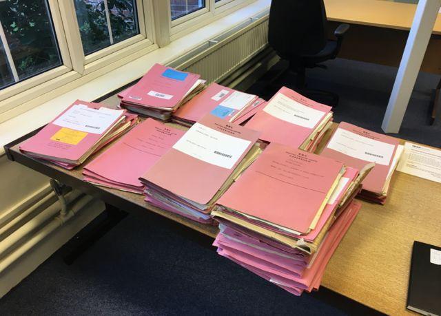 Досье сотрудников Би-би-си в архивах корпорации