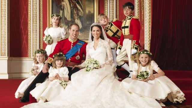英國媒體報導說,威廉和凱特上演的,是首個不會高高在上、反而與平民非常接近的婚禮。