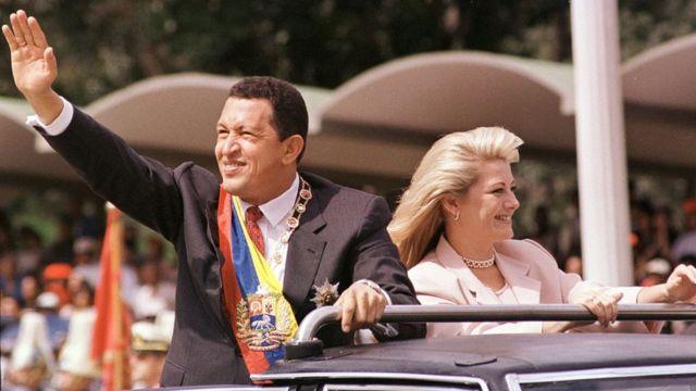 El fallecido expresidente Hugo Chávez promovió en 1999 la creación de una Asamblea Nacional Constituyente.