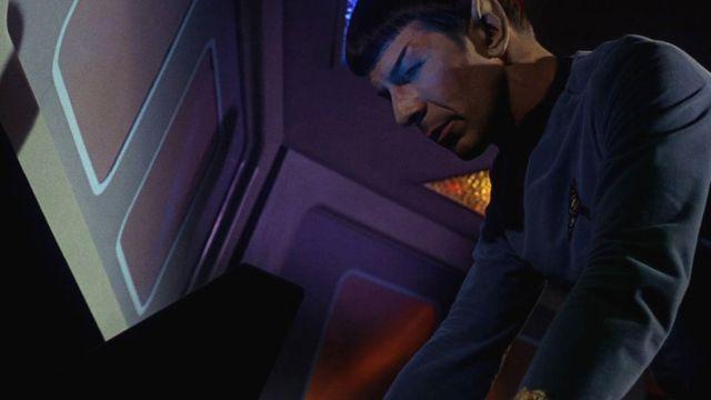 El señor Spock utilizaba una especie de USB para introducir datos en la computadora.