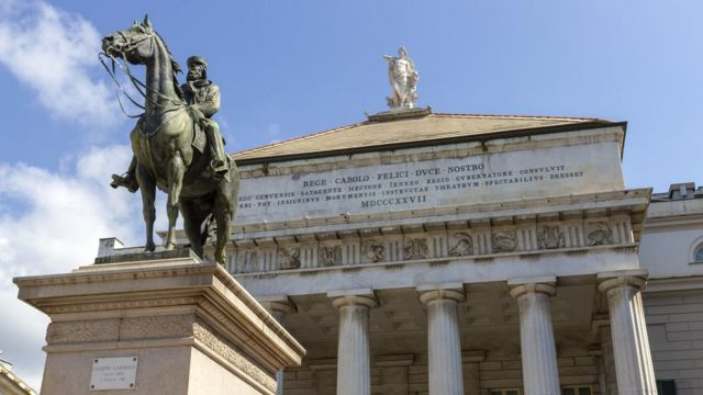 Estatua de Garibaldi en Génova