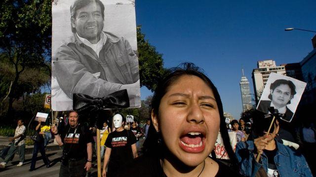 Protesta por la muerte de estudiantes mexicanos en Ecuador
