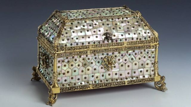 A mother of pearl box