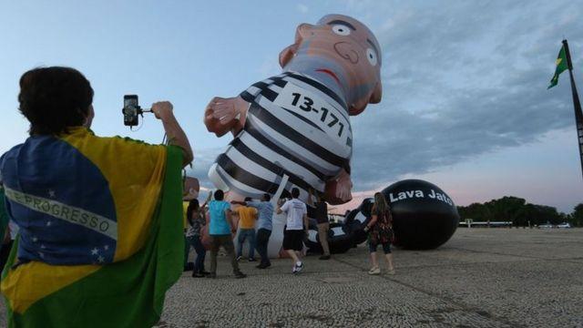 Manifestação contra Lula