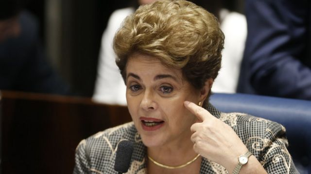 Dilma Rousseff durante julgamento do impeachment no Senado