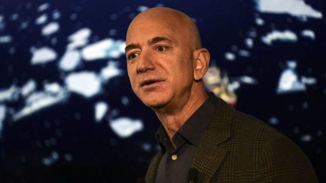 Jeff Bezos en una conferencia en 2019