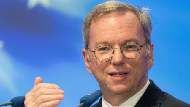 Google's Schmidt says UK is leader in e-commerce, says