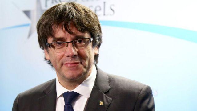 Katalan Özerk Yönetimi Başkanı Carles Puigdemont