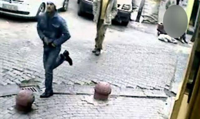 İstanbul Emniyet Müdürlüğü, cinayetten kısa bir süre sonra zanlının görüntülerini basınla paylaştı