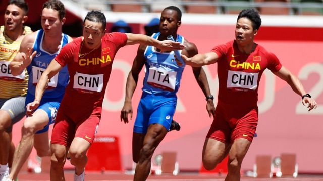 The Chinese relay team led by Su Bingtian (first from right) finished fourth in Tokyo