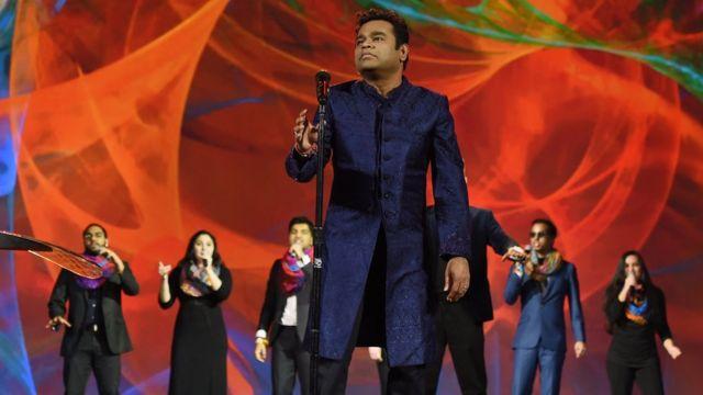 ভারতে গানটিকে জনপ্রিয় করেছেন এ আর রহমান, যিনি নিজেও একজন মুসলিম
