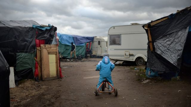 Reality Check: How many children are in the Calais 'Jungle'?