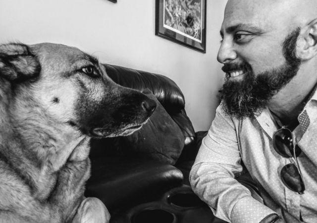 Дэвид с псом