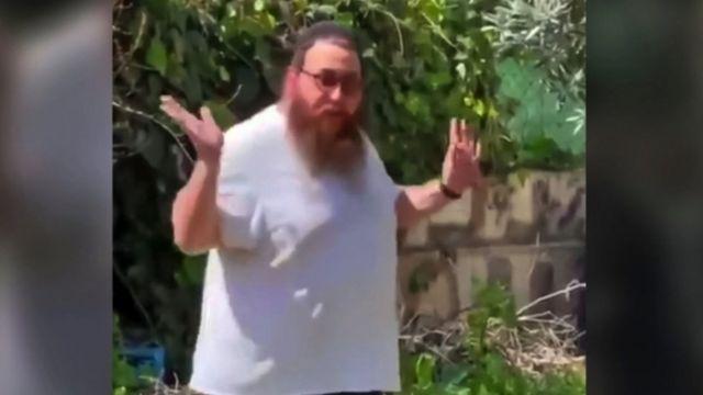 ویدیویی از یک شهرک نشین یهودی منتشر شد که مدعی مالکیت خانه یک فلسطینی در بیت المقدس بود در شبکههای اجتماعی سر و صدا کرد