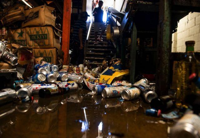 В Чикаго магазин алкогольных напитков пострадал во время беспорядков в июне 2020 года