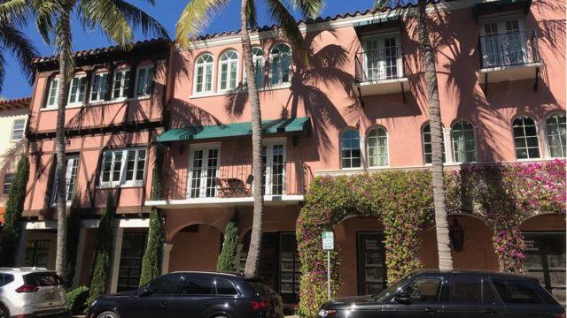 Una fachada en la avenida Worth de Palm Beach