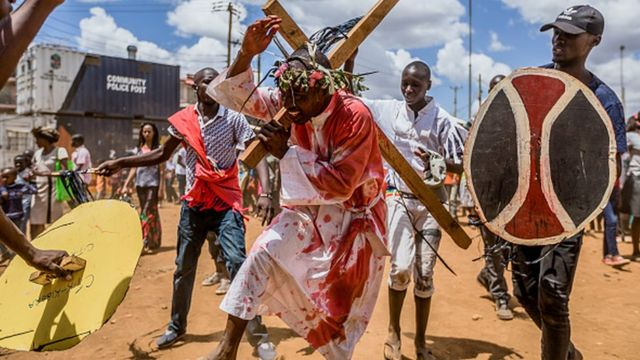 Christians for Nairobi act di death of Jesus Christ.