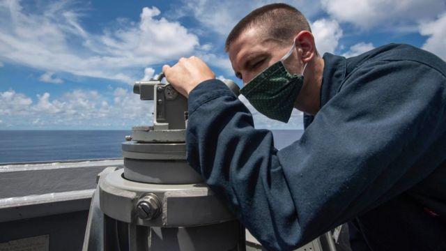 Mỹ tăng cường đơn vị tác chiến điện tử trên Biển Đông