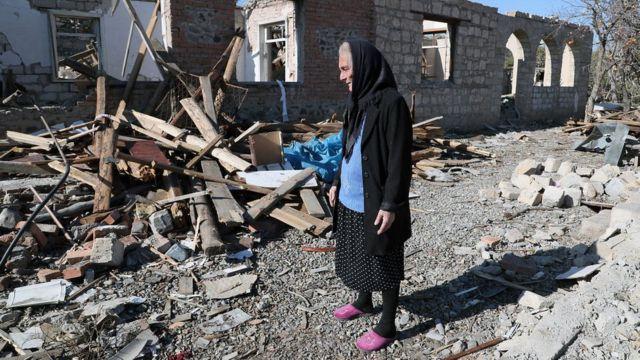 Mujer en Azerbaiyán