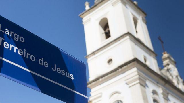 Largo Terreiro de Jesus no Pelourinho em Salvador, na Bahia