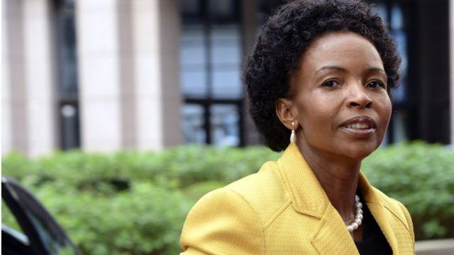 La chef de la diplomatie sud-africaine Maite Emily Nkoana-Mashabane à son arrive à Bruxelles, au sommet de Union européenne-Afrique, le 3 avril 2014.