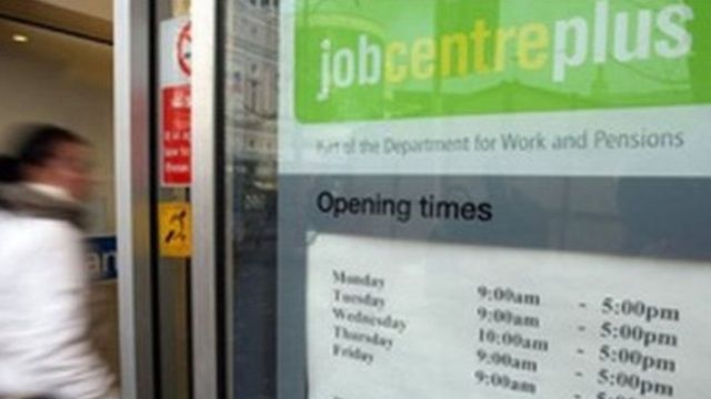 Unemployment in Scotland falls by 7,000 to 106,000