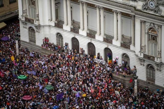 Cinelândia, no Rio, durante protesto #EleNão