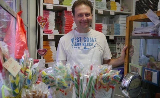老城裏的糖果店真是聚寶盆