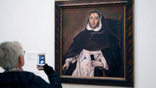 женщина и картина