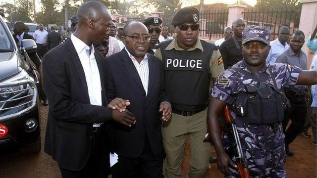 ouganda, arrestation, charles mumberere