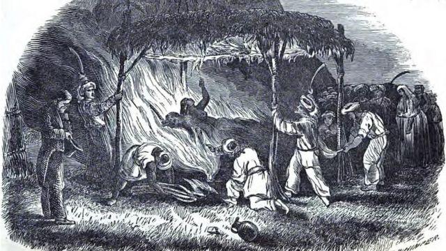 Гравюра: вдова сжигает себя на погребальном еостре мужа.