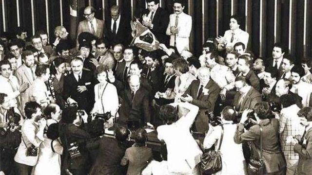 Sessão do Colégio eleitoral, em 15 de janeiro de 1985, que elegeu Tancredo Neves presidente do Brasil