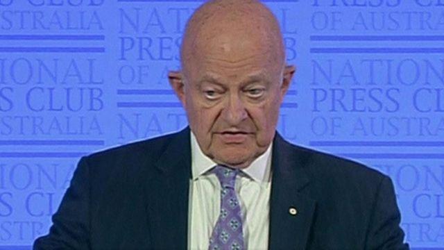 مدير وكالة الاستخبارات القومية السابق جيمس كلابر