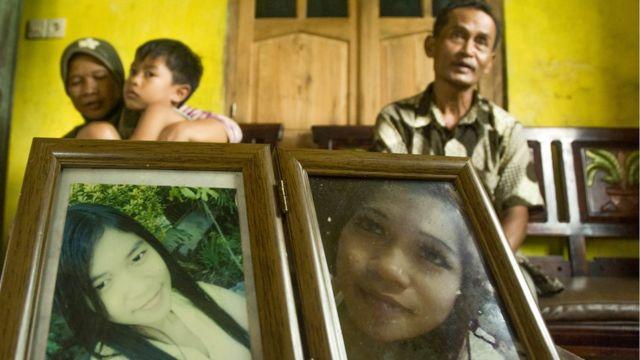 Sumarti Ningsih tinggal gambar dan kenangan bagi ayah dan ibunya -Kaliman dan Suratmi, dan anaknya, Mohammad Hafiz Arnovan.