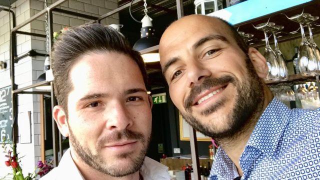 ジョバンニさん(右)とカルロスさ
